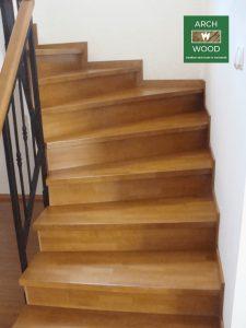 Imagine prezentare trepte scari realizate din lemn de Archwood