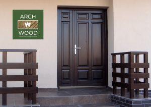 Model Usa de exterior din lemn realizata de Archwood